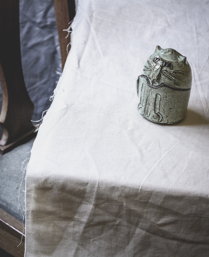 Ceramic Mint Cat